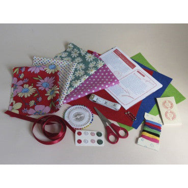 Learn How To Sew Suitcase Kit - Buttonbag, contents
