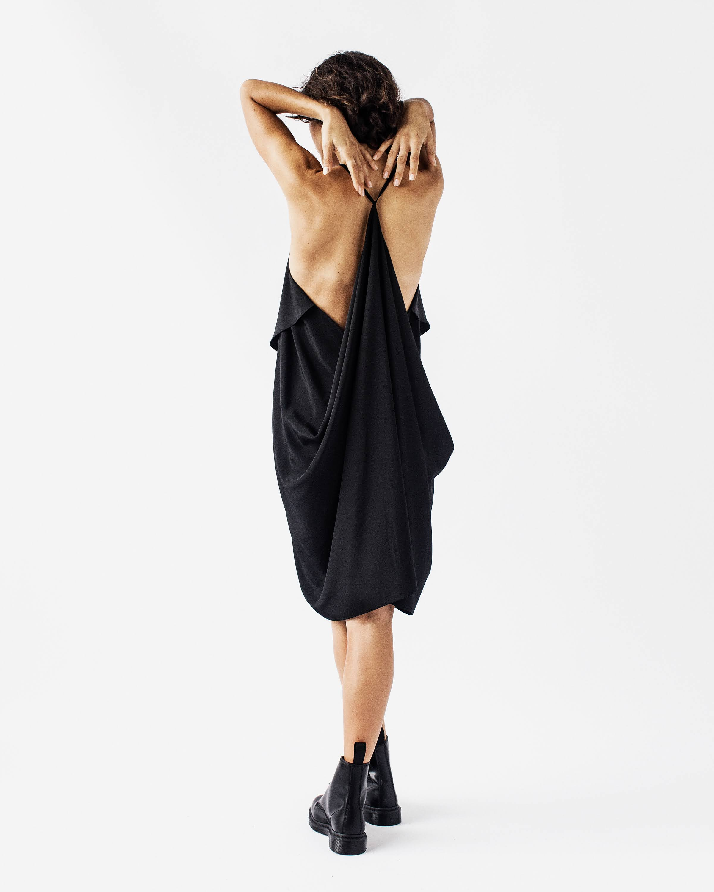 LINNY - Flowy, knee length, Silk Crepe Dress.