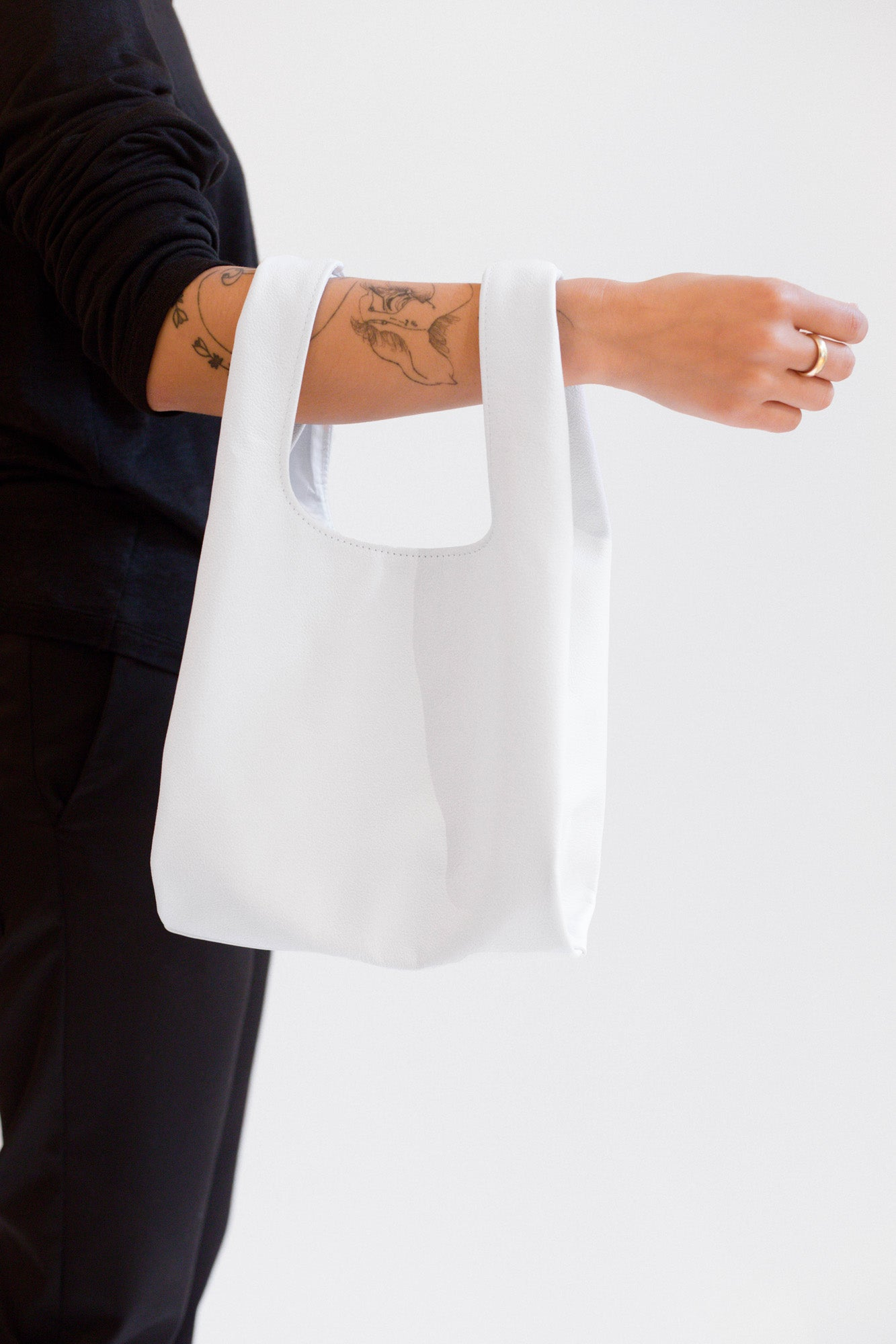 NOT SO PLASTIC BAG - Small White Leather Tote