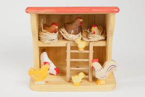 Atelier Des Peupliers Chicken and Coop Set
