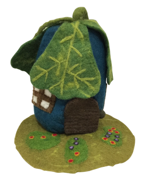 Oak leaf felt house
