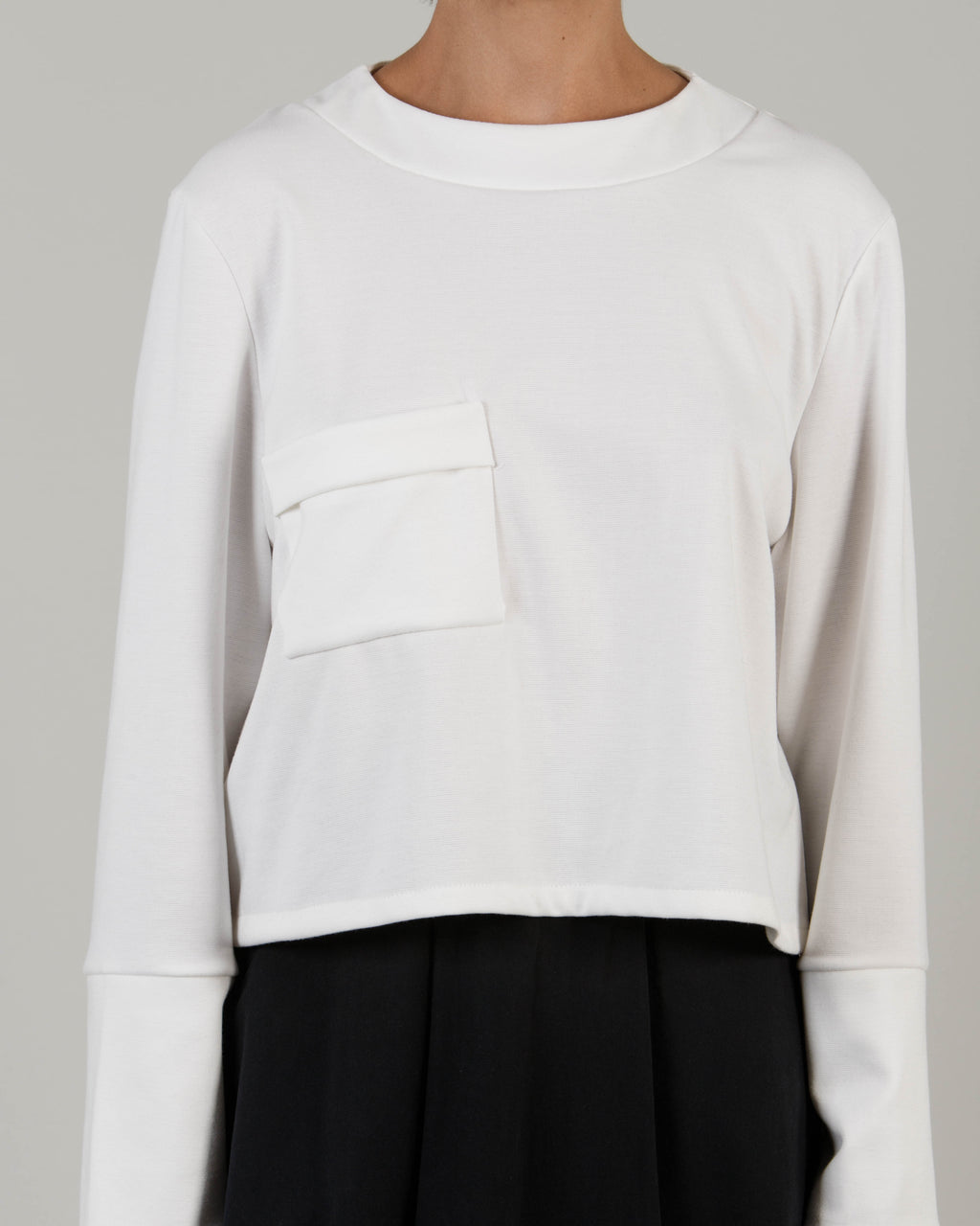 Pleated Pocket Jumper - S19W - MAE MAZE