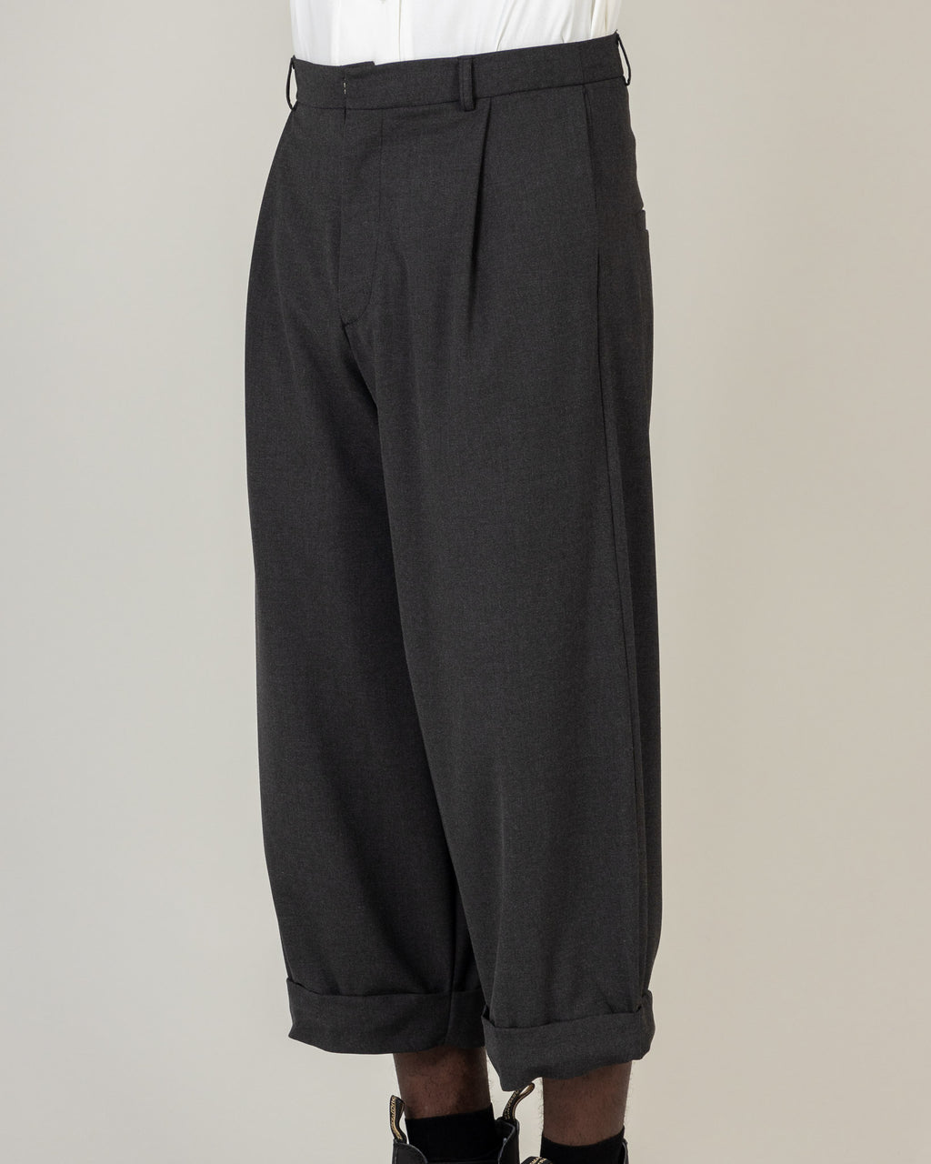 Pleated Hem Trousers - T29M - MAE MAZE