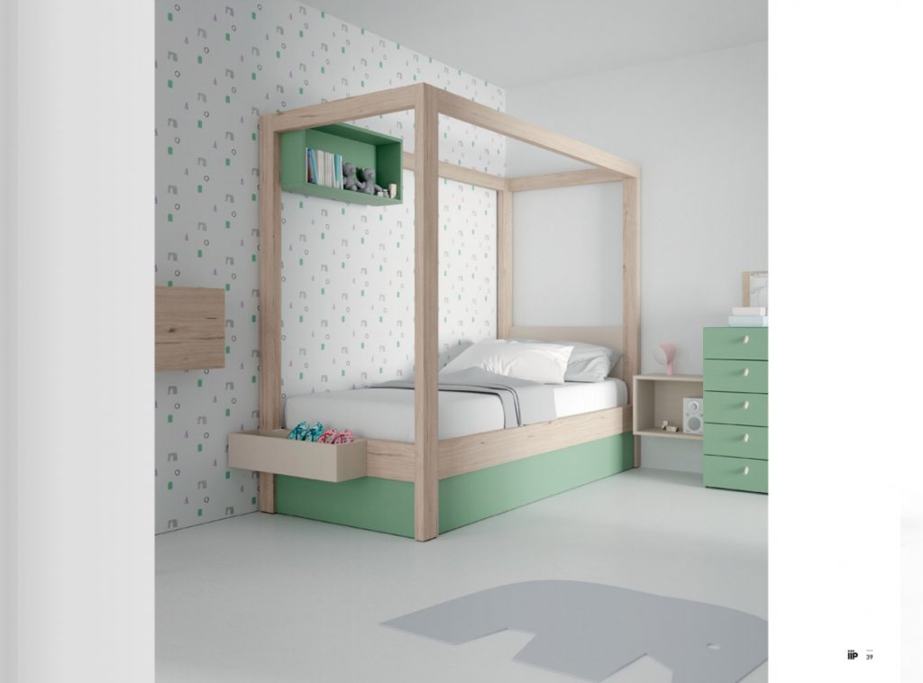 Canopy Bed.Uptown Canopy Bed Classi Designs