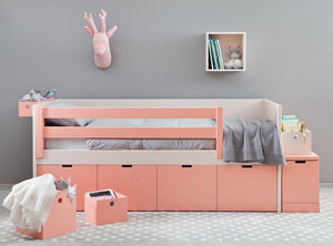 Hannah Day bed - Classic Designs