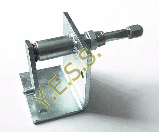 13-2507 Right Hand Wiper Pivot - Yost Equipment Sales