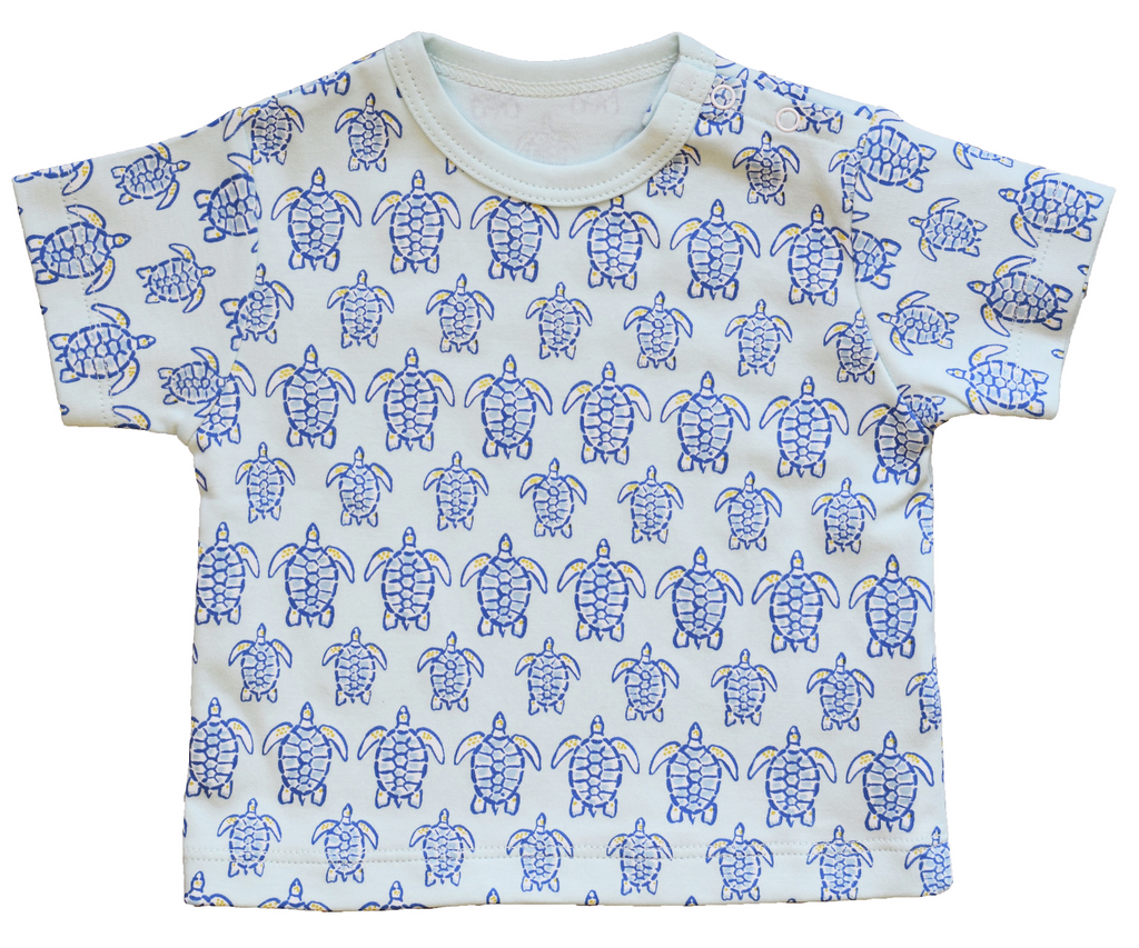 "Blue Sea Turtle Tee - Pineapple Sunshineâ""¢"