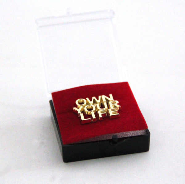 "Box 24 spille ""Own Your Life"""