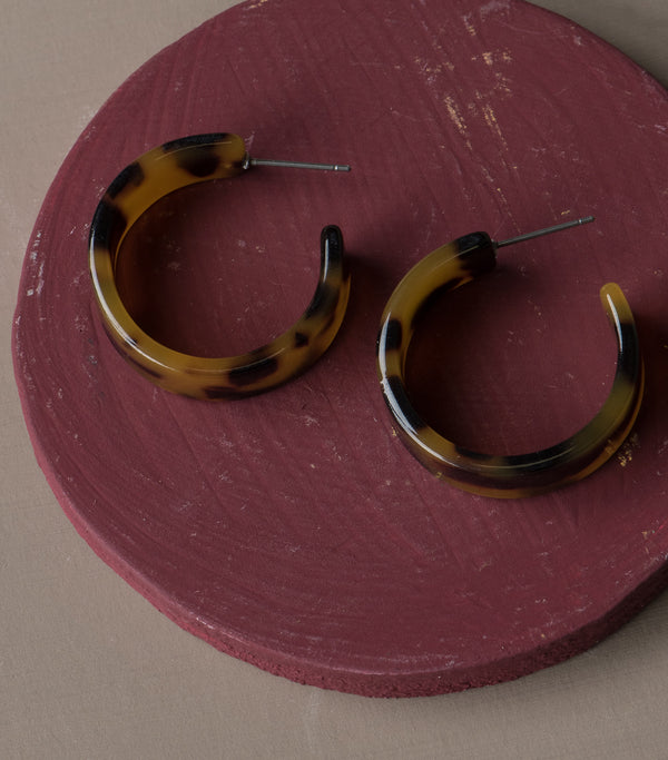 Around the Corner Tortoise Shell Hoops