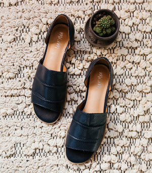 Breeze Sandal-Navy