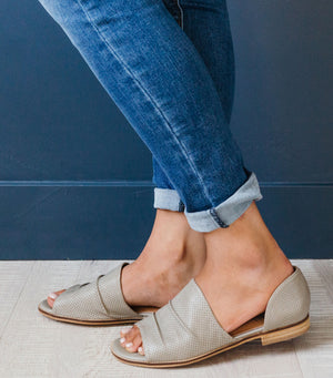 Breeze Sandal-Grey
