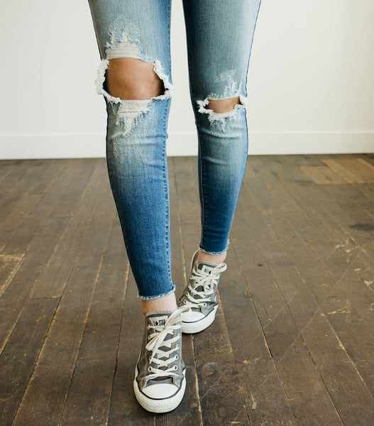 Knee Slit Denim-Med Wash