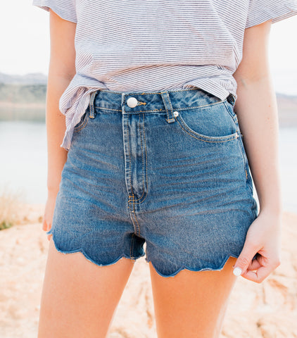 Scalloped Shorts-Washed Denim