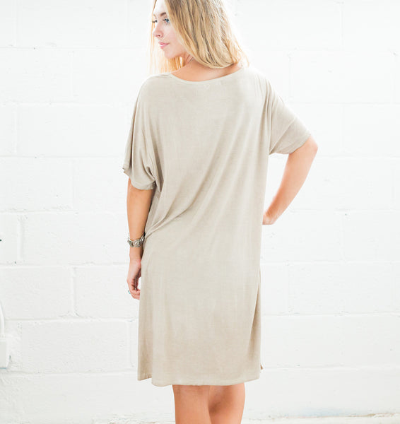 Twisted High Low Tee - Taupe