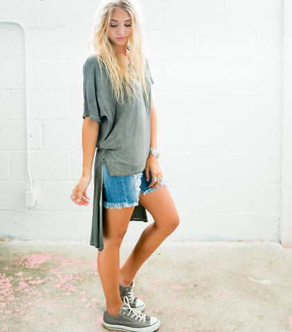 Twisted High Low Tee - Grey