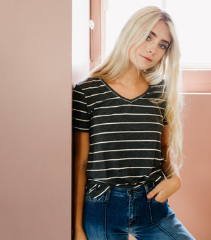 Cool Girl Stripe Tee-Heather Grey/Ivory