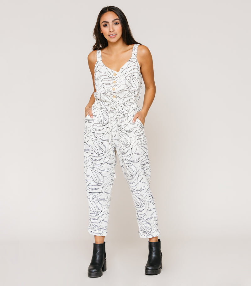 STAND OUT JUMPSUIT
