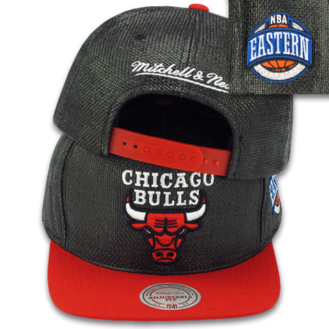 CHICAGO BULLS STRAW SNAPBACK BY MITCHELL & NESS (201AZ BLK)