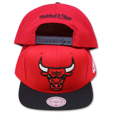 CHICAGO BULLS MITCHELL & NESS RED SNAPBACK (NM04Z-MTC)