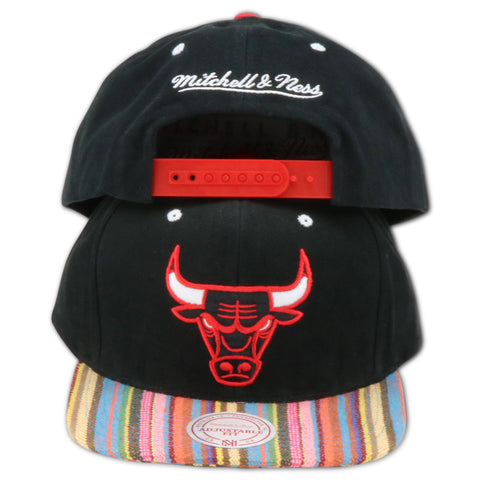 CHICAGO BULLS MITCHELL & NESS NATIVE STRIPE SNAPBACK (BULLS-NU08Z)