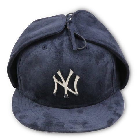 "NEW YORK YANKEES ""4UCAPSEXCLUSIVE"" NEW ERA 59FIFTY NAVY SUEDE DOG EARS FITTED"