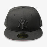 "NEW YORK YANKEES (2009 WS ""BLACKOUT SERIES"") NEW ERA 59FIFTY FITTED (PINK BOTTOM)"