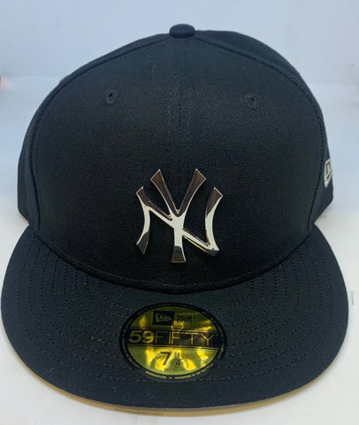 "NEW YORK YANKEES ""SILVER METALLIC LOGO"" NEW ERA 59FIFTY FITTED"
