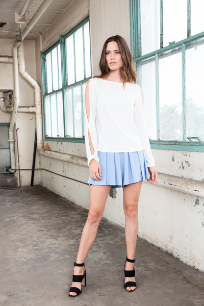 VIOLET SHORTS - LIGHT BLUE