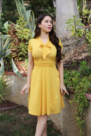 3920 Swing Dress in Yellow Dots