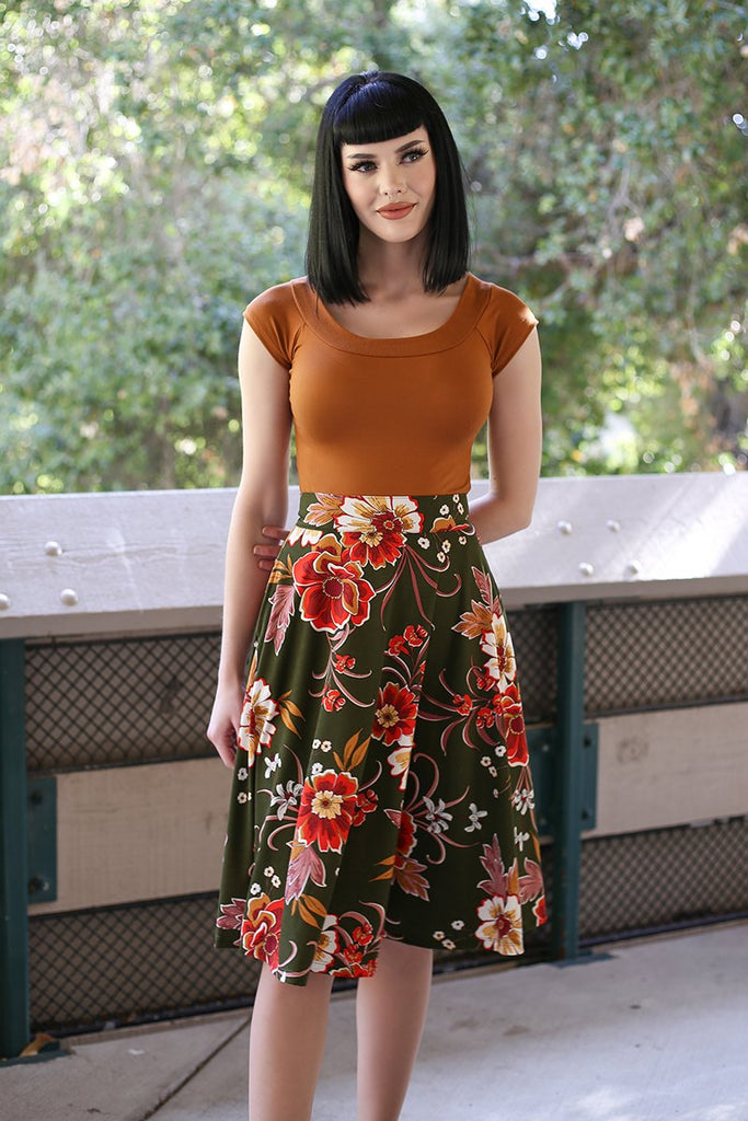 4131 Charlotte Skirt in Green Floral
