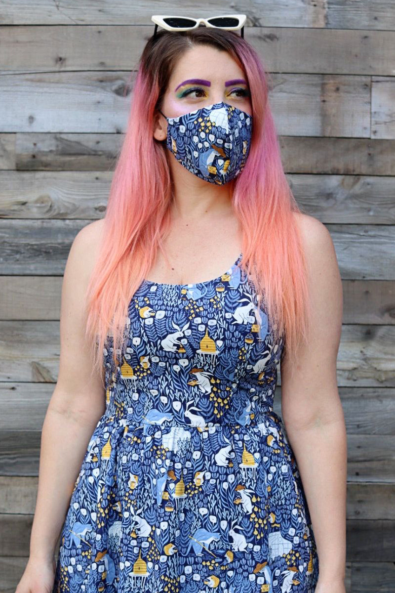 4430 Busy Bees/Blue Gingham Mask