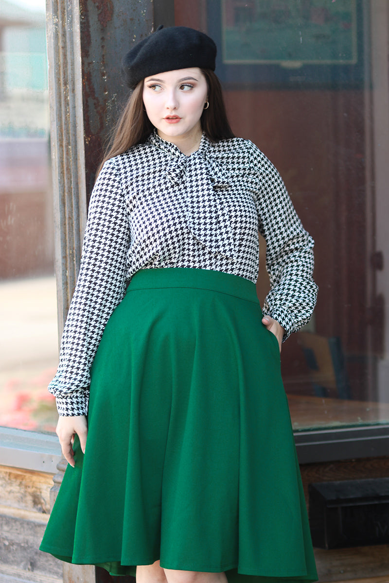 4052 Bow Top in Houndstooth