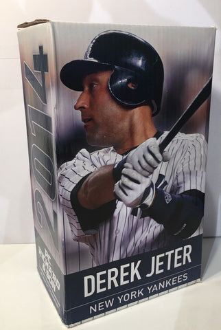Derek Jeter New York Yankees SGA Figurine Statue 7/21/2014