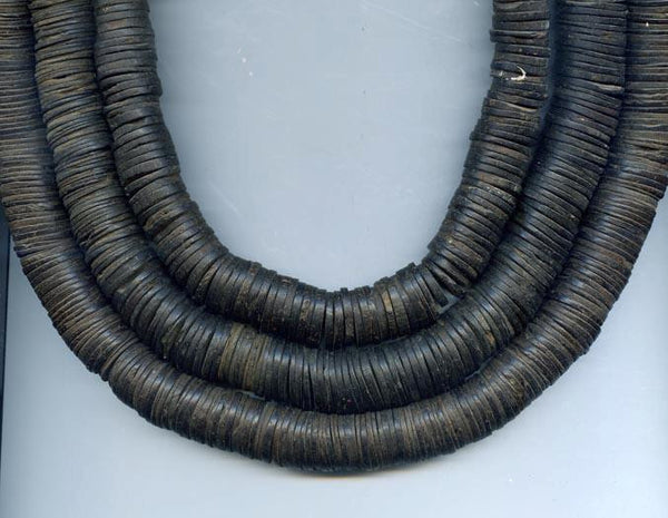 Coconut Natural Shell Black Disc Bead Strand BA-COCOL