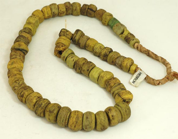 Old Yellow Hebron Glass Bead BA-H22Y
