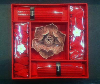 Porcelain Lotus Incense Burner/Incense Kit