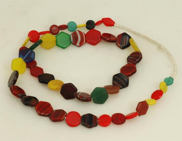 Don Don Sole Hexagon Bead Strand BA-DD25