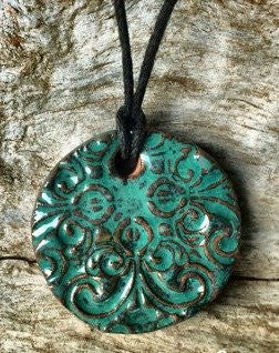 Terracotta Necklace - Solid Swirls (Green)