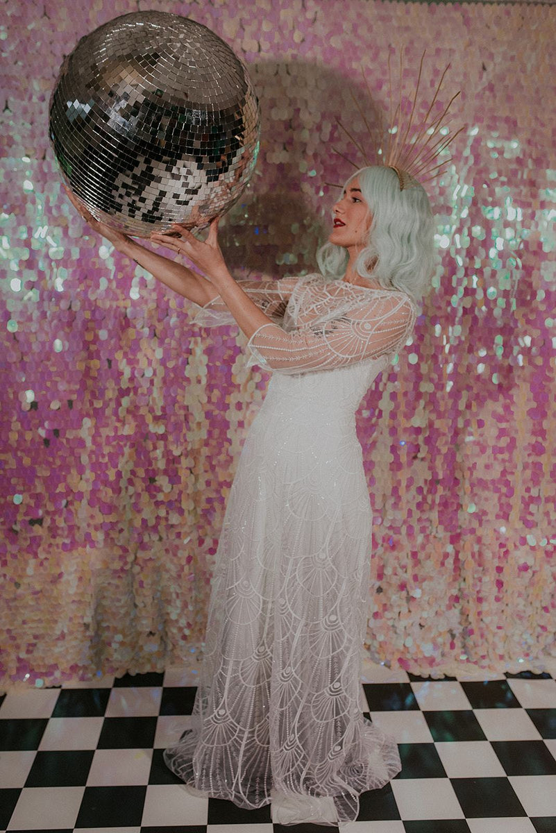 Bohemian bride holding a giant disco ball - Lookbook