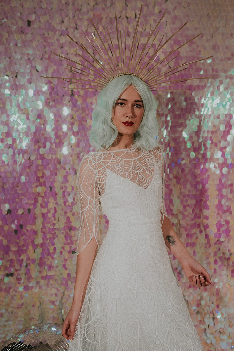 A wonderful modern lace wedding dress - Lookbook