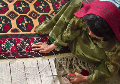 A Concise & Complete Guide to Traditional Rugs