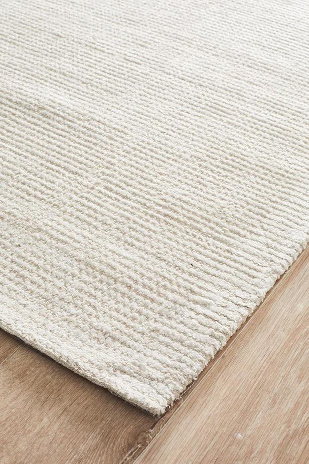 Allure Rug in Ivory