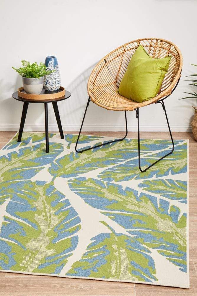 Seaside Leaves Indoor | Outdoor in Green