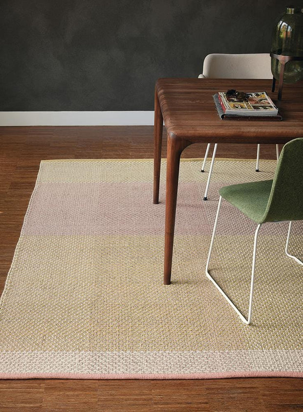 Ted Baker Check Rug No.56402 in Neutral