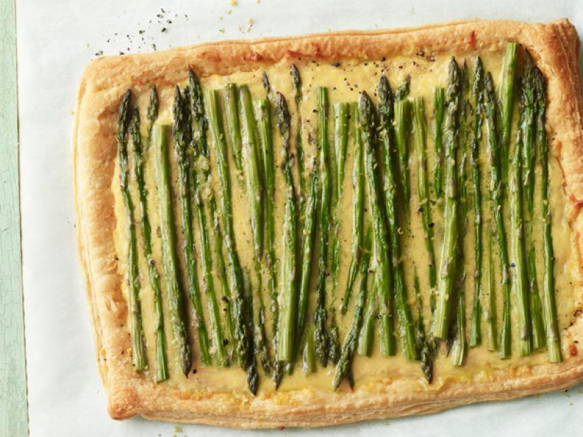 Asparagus and Cheese Tart & Riesling. Yum!