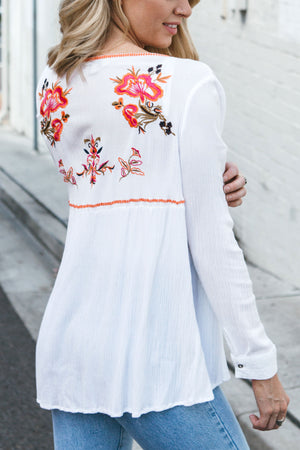 EMBROIDERY LOVE SHORT KIMONO - Style on Point