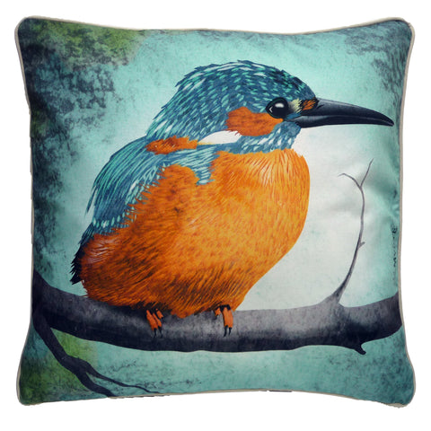Kingfisher bird image on organic cotton pillow by Myrte. Eco-friendly home. Cottage decor and waterfront livingroom ready.