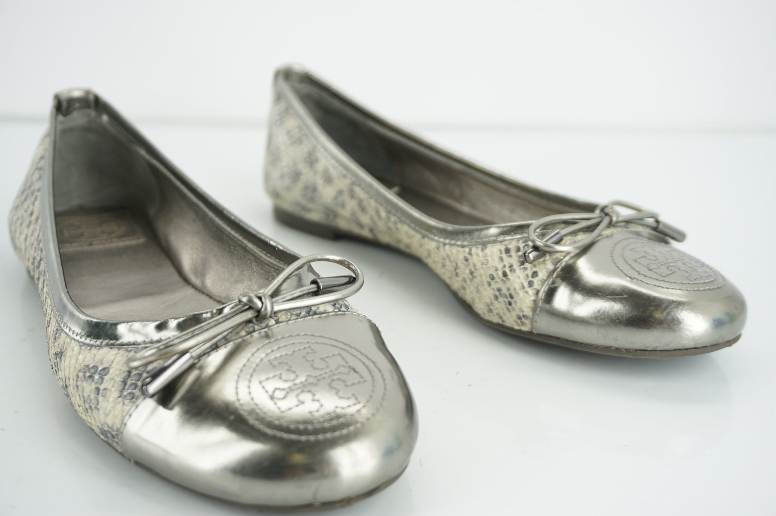 Tory Burch Womens Claremont Ballet Flat Silver Snake Leather Size 7