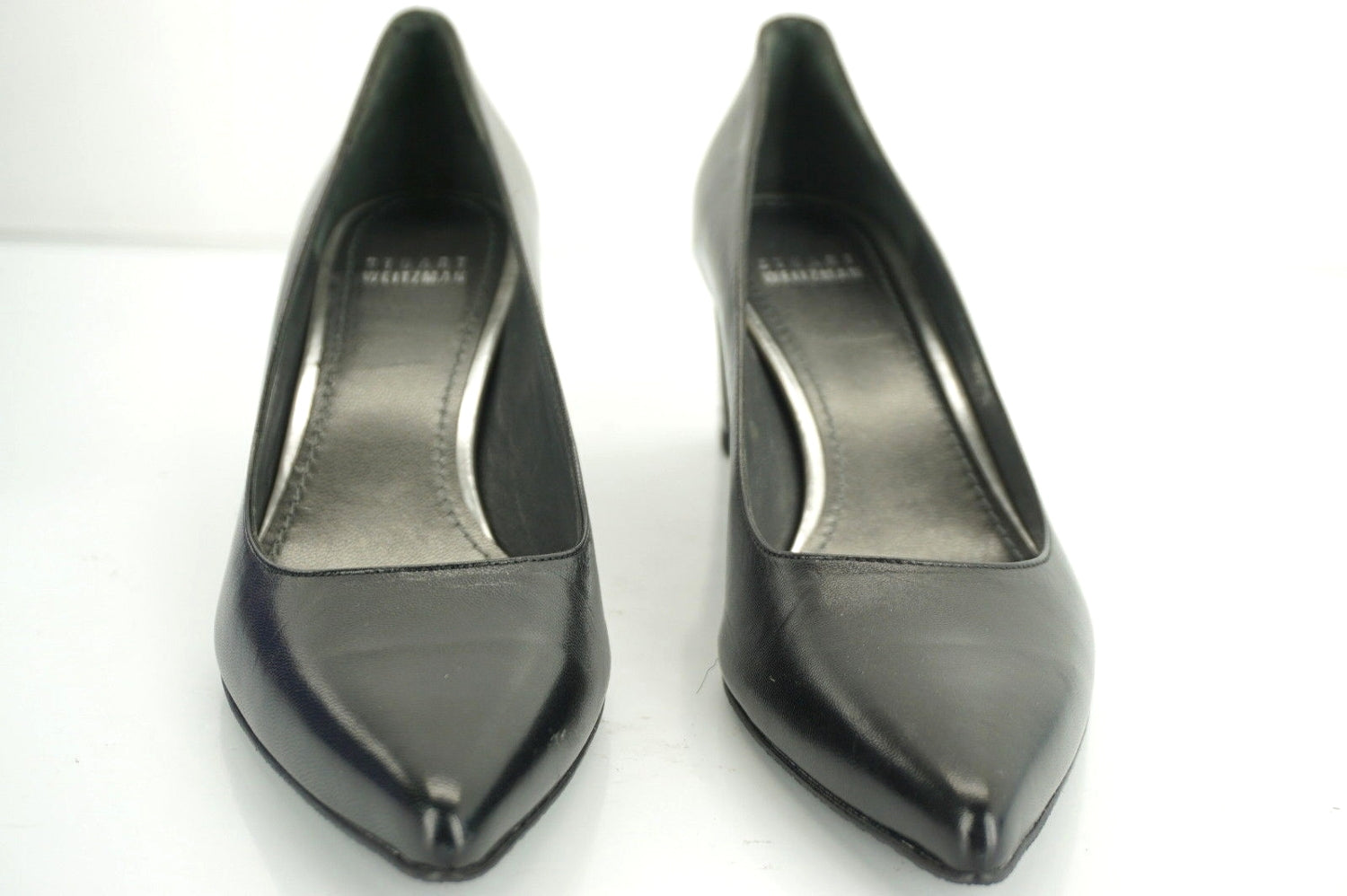 Stuart Weitzman Black Leather Classic Pointy Toe Heels Pumps SZ 8.5 Narrow $385