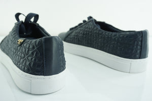 Tory Burch Bryant Quilted Navy Blue Sneakers SZ 10 Tennis low top logo $225